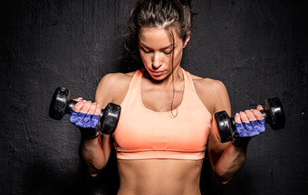 5 Female Weight Training Myths Busted